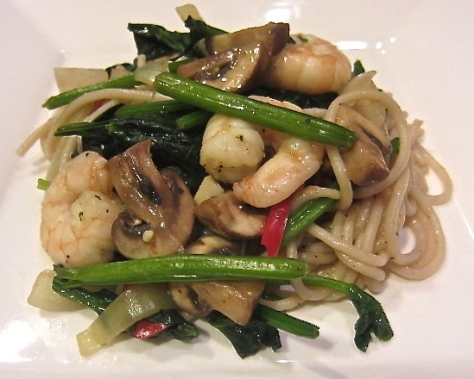 Prawn and veggie noodles